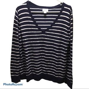 Old Navy v neck sweater sz xl